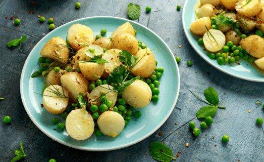 Salade de pommes de terre aux sardines et petits pois